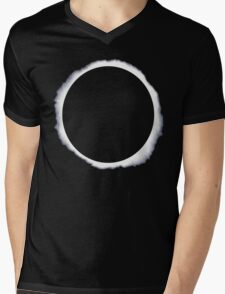 Danisnotonfire circle eclipse Black Only Mens V-Neck T-Shirt