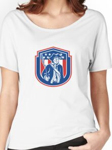 American Patriot Holding Bayonet Rifle Shield Retro Women's Relaxed Fit T-Shirt