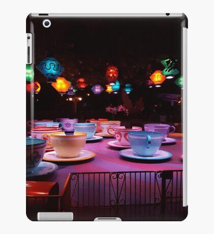 Alice In Wonderland Tea Cups iPad Case/Skin