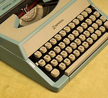 Vintage TAB-O-MATIC Antique Typewriter 1970's by Josh-T