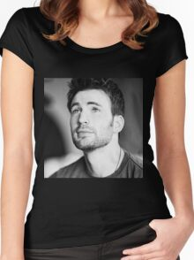 chris evans  Women's Fitted Scoop T-Shirt