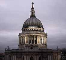 St. Paul's Cathedral by Jesselizbeth