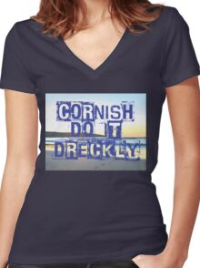 Cornish do it Dreckly Women's Fitted V-Neck T-Shirt