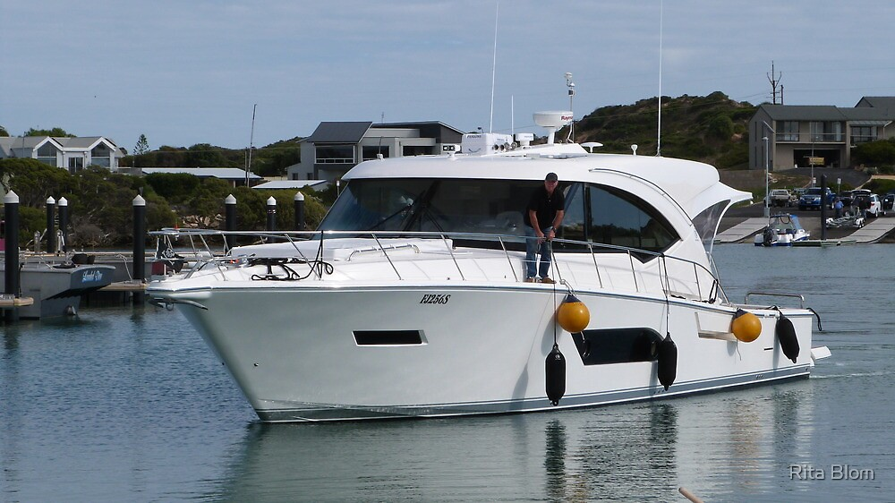 A smart Cruiser coming to dock.  Marina, Robe. Sth. Australia. by Rita Blom