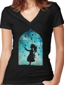 looking to the stars Women's Fitted V-Neck T-Shirt