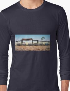 A Fordable Long Sleeve T-Shirt