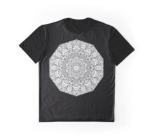pais Graphic T-Shirt