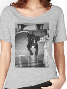 Nela on bed gray scale  Women's Relaxed Fit T-Shirt