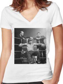 bad pitt Women's Fitted V-Neck T-Shirt