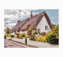 Thatched Cottage Avebury by ipgphotography