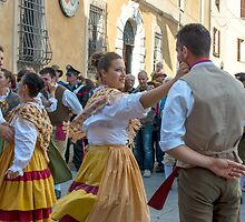 Umbrian Folk Dancing, la festa dell'uva, Panicale, Umbria by Andrew Jones