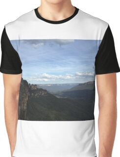 Blue Mountains - Seeing my 3 Sisters Graphic T-Shirt