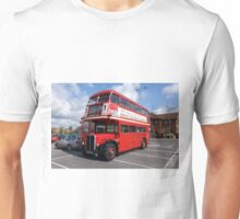 London Transport RT1599 Routemaster Bus Unisex T-Shirt