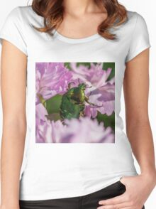 Beetle Women's Fitted Scoop T-Shirt