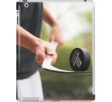 Puck Balacing iPad Case/Skin