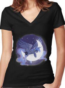 Luna Sleeping on Moon Women's Fitted V-Neck T-Shirt