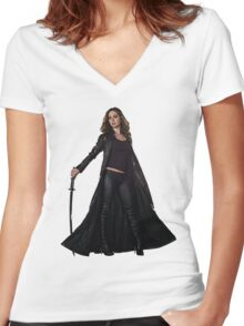 Dollhouse Women's Fitted V-Neck T-Shirt