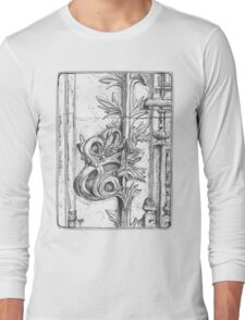 Batalha Monastery stone work detail Long Sleeve T-Shirt