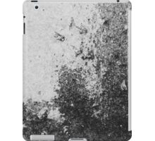 Earth Sweat Design (Noir Color) iPad Case/Skin