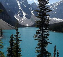 Moraine Lake in Summer by hashtagMim