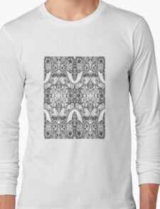 Black and White Paisley Pattern Long Sleeve T-Shirt