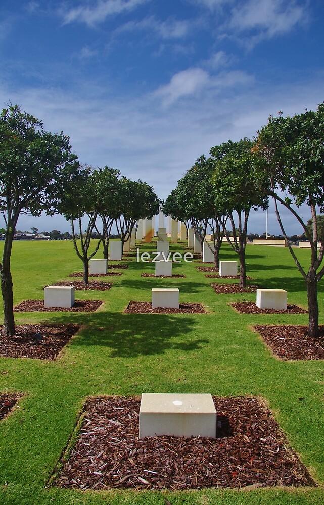 War Memorial, Mandurah by lezvee