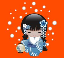 Winter Kokeshi Doll V2 Kids Tee