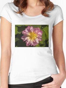 Lotus Wonder Women's Fitted Scoop T-Shirt