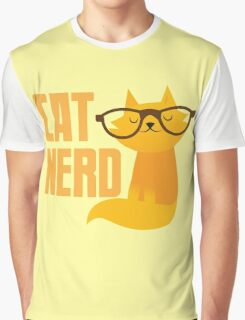 CAT NERD (professional vet or self-proclaimed expert on cats!) Graphic T-Shirt