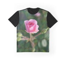 Beautiful pink rose flower picture. Graphic T-Shirt