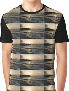 Greeting the Sun on Lake Ontario Graphic T-Shirt