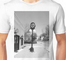 Time stands still Unisex T-Shirt