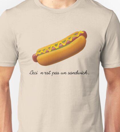 Ceci n'est pas un sandwich. Unisex T-Shirt
