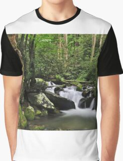 between the rocks Graphic T-Shirt