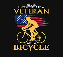 Never underestimate a veteran with a bicycle tshirt Unisex T-Shirt