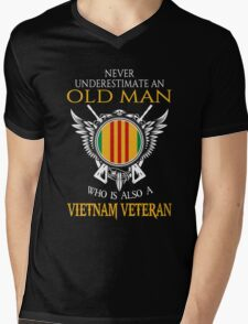 Old Man - Vietnam Veteran Tshirt Mens V-Neck T-Shirt