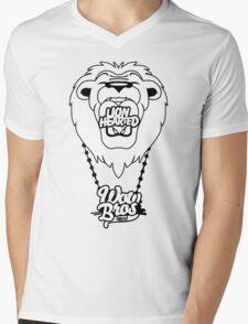 WOWBROS - LIONHEARTED Mens V-Neck T-Shirt