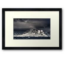 Paradise Harbour Framed Print