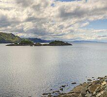 Loch nan Uamh by VoluntaryRanger