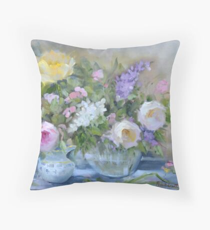 flowers,roses in a vase Throw Pillow