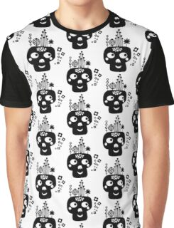 Funny skull. Graphic T-Shirt