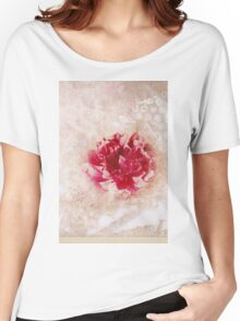 Vintage Peony Women's Relaxed Fit T-Shirt
