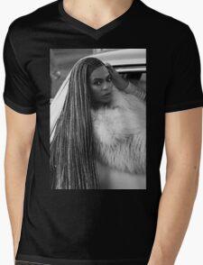 Beyoncé Let's Get In Formation! ~ Mens V-Neck T-Shirt