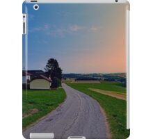 Country road on a summer afternoon II | landscape photography iPad Case/Skin