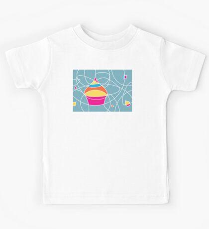 retro cupcake shapes Kids Tee