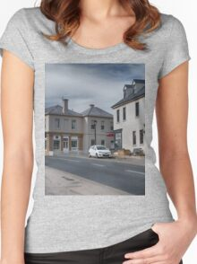 Bridge Street Richmond Women's Fitted Scoop T-Shirt