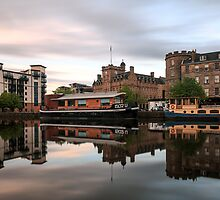 20:30 at the Shore, Edinburgh by Miles Gray