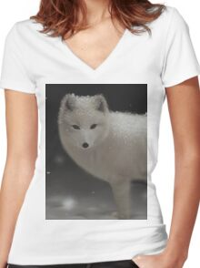 Arctic Fox Women's Fitted V-Neck T-Shirt