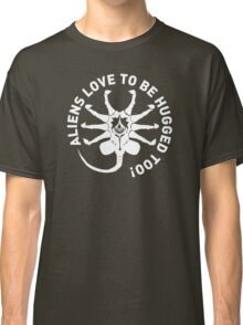 Aliens love to be hugged too! Classic T-Shirt