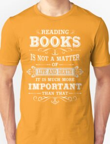 READING BOOKS Unisex T-Shirt